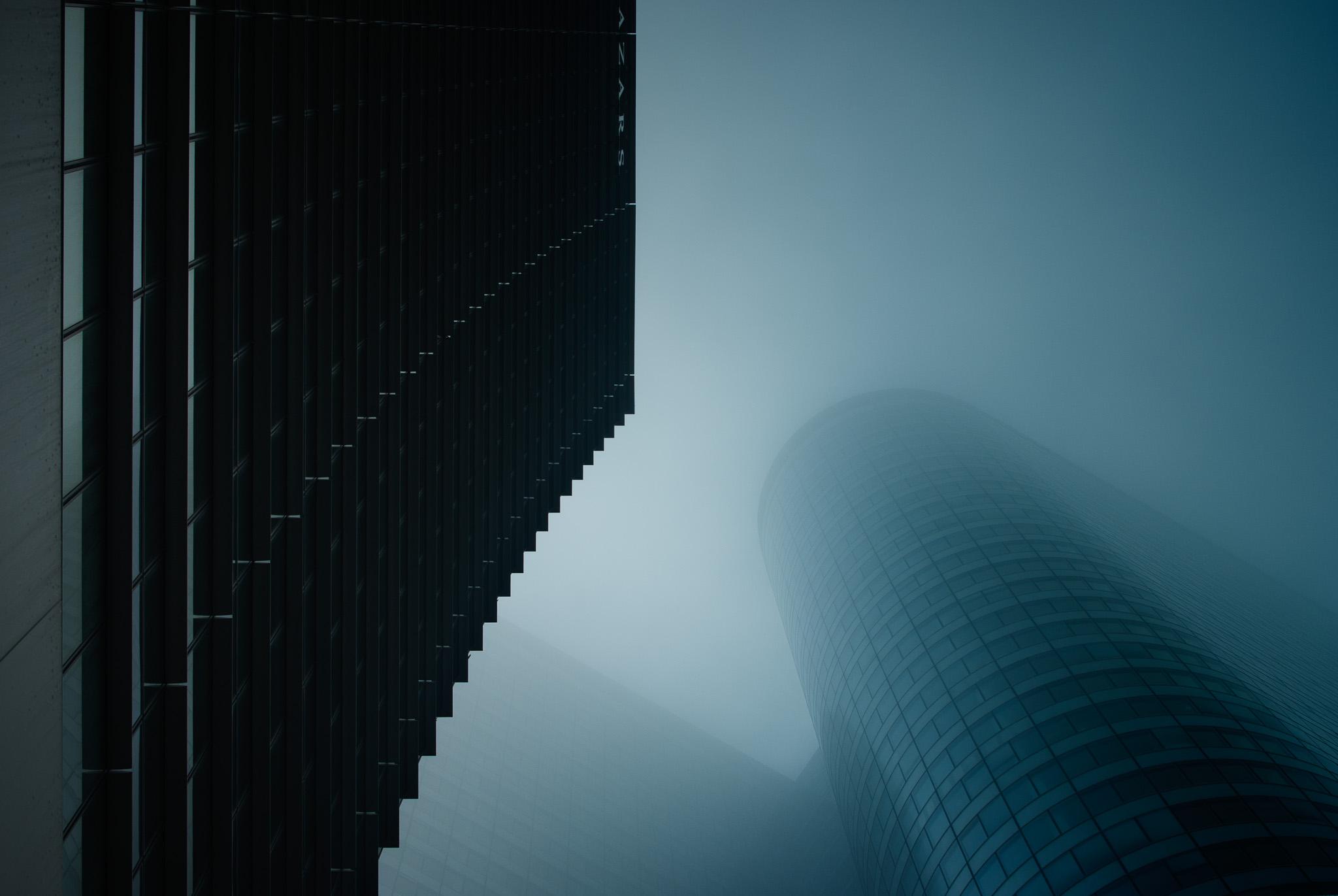 La Défense - Brouillard